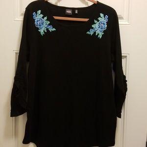 Black long sleeve top. Size 1X